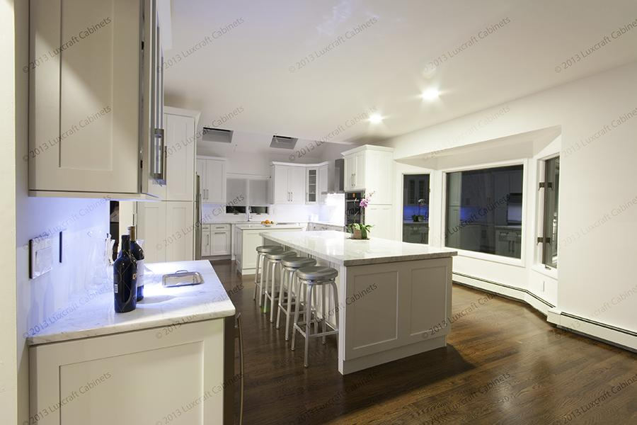 Ice White Shaker Luxcraft Cabinets