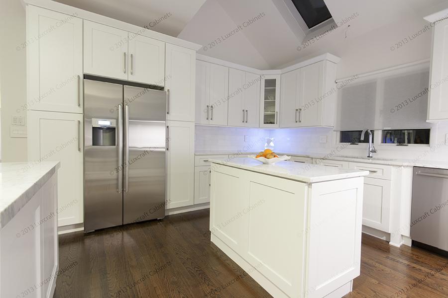 Forevermark Cabinetry | Ice White Shaker